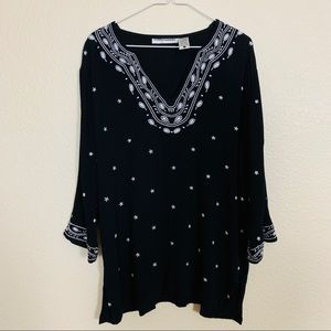 Cathy Daniels | Black Embroidered Tunic Top